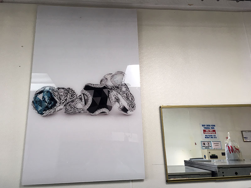 photo of rings in La Salsa Laundromat, Staten Island