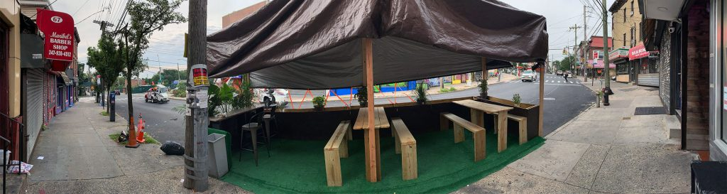 image of outdoor dining setup in Staten Island